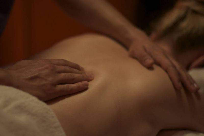 Massages. from VisualHunt